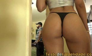 Xxxvideo porno brasileiro com Sol Soares dando cu